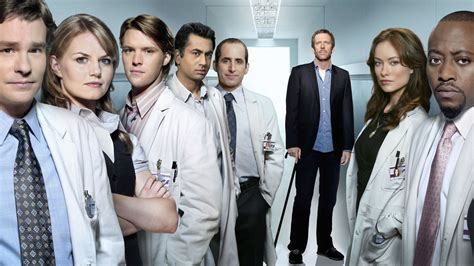 cast of house house md hq wallpaper house m d wallpaper 10786939