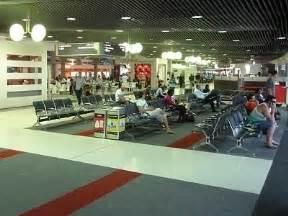 Car Hire Brisbane Domestic Airport Australia Bne Brisbane Airport Guide Terminal Map Airport Guide