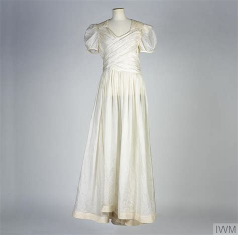Wedding Dress Made From Saving Parachute by Wedding Dress Made Of White Parachute Silk Uni 1052
