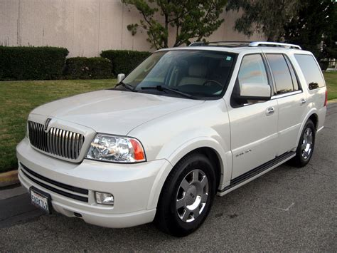 kelley blue book classic cars 2005 lincoln navigator interior lighting service manual 2005 lincoln navigator gear manual 2005 lincoln navigator partsopen new oem