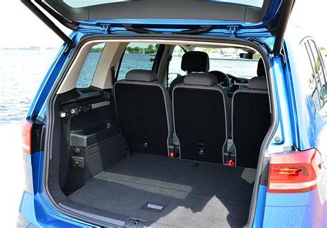 Kofferraumvolumen Vw Touran by Volkswagen Touran Die Einsame Klasse Neuwagen De