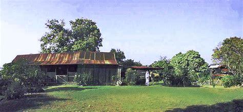 File:Panorama of the farmhouse at the Kona Historical Society's Kona Coffee Living History Farm