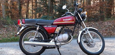 Harte Suzuki Suzuki Gp 125 Quirlige Zweitakt Krawallb 252 Chse Mit