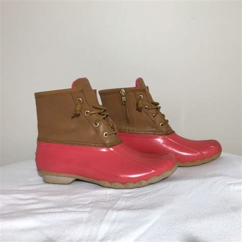 pink duck boots 58 sperry shoes s sperry duck boot pink
