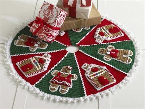 gingerbread christmas tree pattern gingerbread tree skirt crochet pattern maggie s crochet