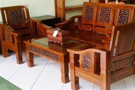 Kursi Ruang Tamu Di Bawah 2 Juta 17 model kursi ruang tamu kayu bergaya minimalis