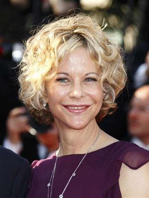 how is meg ryan short curly bob middle part cut 38 best images about hair style on pinterest bobs my