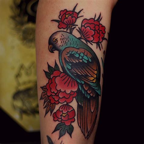 parrot tattoo traditional parrot best ideas gallery