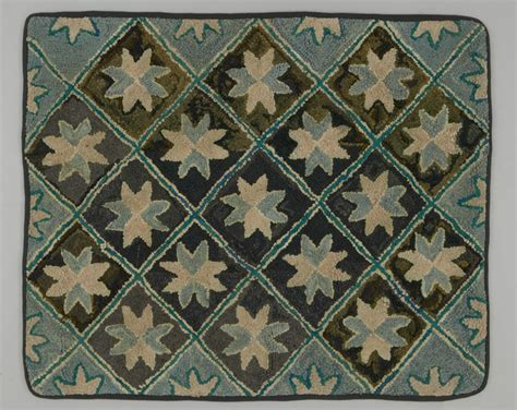 rug hooking patterns canada 122 best images about hooked rug geometrics on canada folk and hooked rugs
