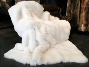 Rabbit Fur Rug Saga Shadow Fox Fur Blanket White