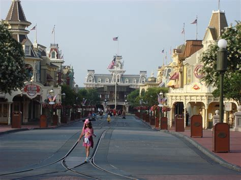 theme park usa 6 haunting visions of abandoned disney theme parks theme