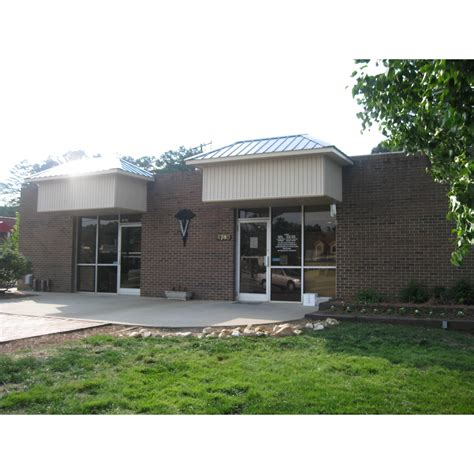 sedgefield animal hospital in greensboro nc 27407