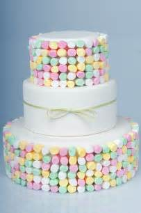 marshmallow kuchen bridetide wedding resource marshmallow wedding cakes