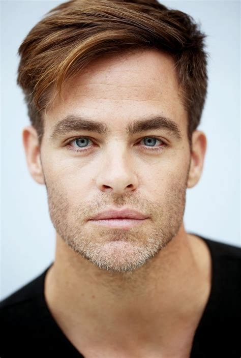 Chris Hairstyle by Best 25 Chris Pine Haircut Ideas On Chris