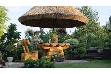 strohdach pavillon bild 4 pavillon mit strohdach der regenschirm aus