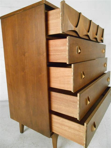 broyhill bedroom set mid century modern brasilia bedroom set by broyhill at 1stdibs