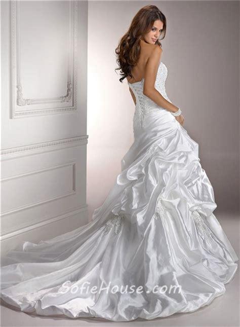 beaded back wedding dress fitted a line sweetheart beaded lace taffeta wedding dress