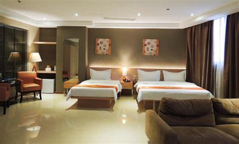 dela chambre hotel manila book your hotel with viamichelin