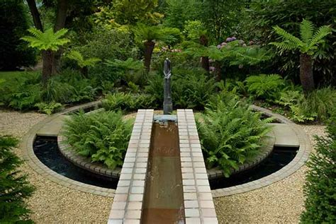 Contemporary Landscaping Ideas From Andy Sturgeon Small Contemporary Garden Design Ideas