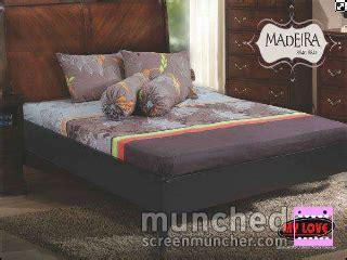 Sarung Guling Abu aneka sprei dan bed cover
