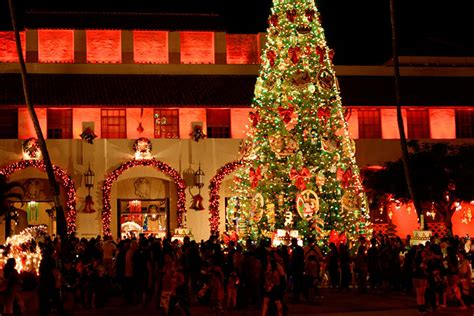 honolulu city lights at honolulu hale hawaii com