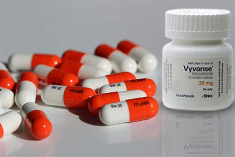 vyvanse vs adderall comparing effectiveness side