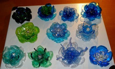 fiori di plastica riciclata creazioni di letizia nuove creazioni con la plastica