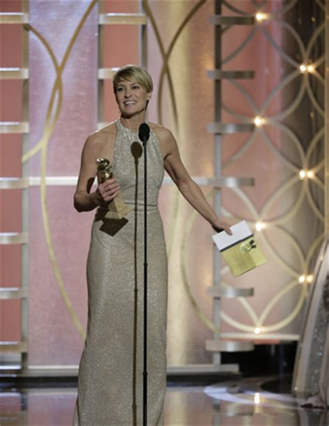 robin wright biggest wardrobe malfunctions of 2014 so far golden globes wardrobe malfunctions robin wright kelly
