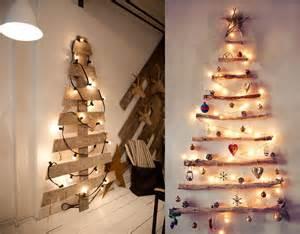 el arbol de navidad en madera de modelos diferentes