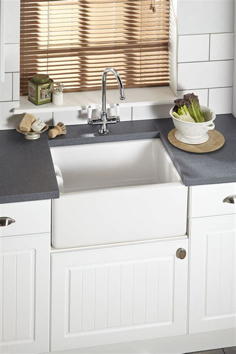 kitchens with belfast sinks 17 best images about neutral kitchens on pinterest room