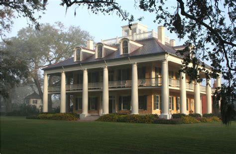 Houmas House Plantation And Gardens by Houmas House Plantation And Gardens New Orleans Attraction