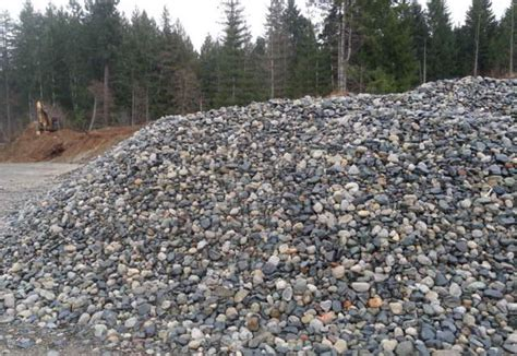 Gravel Per Yard Top Soil Mulch River Rock Pea Gravel Outside Nanaimo