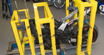 Motorrad Gabel Verbogen by Motorcycle Fork And Yoke Straightening Maidstone