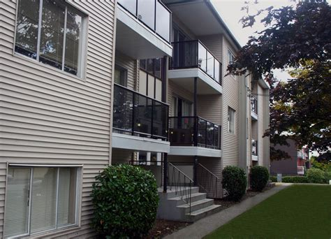 2 bedroom apartment for rent in surrey bc surrey apartments and houses for rent surrey rental
