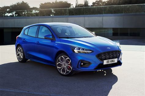 New Ford Focus 2018 by All New Ford Focus Breaks Cover Automotive