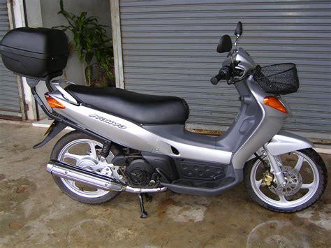 Knalpot Nouvo Embus Ori Thailand file yamaha nouvo 115cc thailand right jpg wikimedia commons