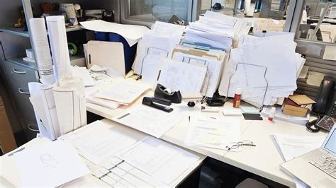 How Do You Say The Desk In by Decoding Your Desk What Does It Say About You