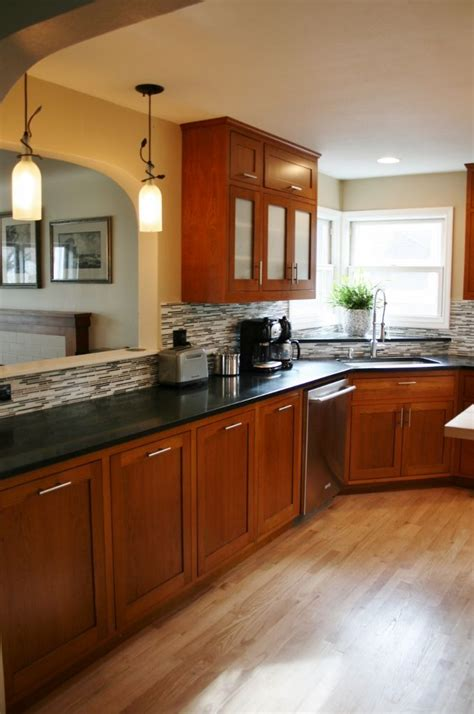 cherry oak cabinets kitchen best 25 black granite kitchen ideas on pinterest dark