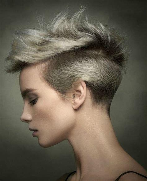 mujer pelo corto moda cabellos pelo corto lacio para verano 2017