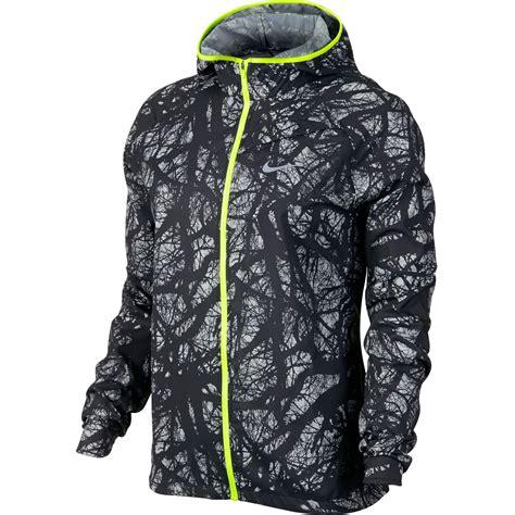 nike light running jacket wiggle nike enchanted impossibly light jacket women s