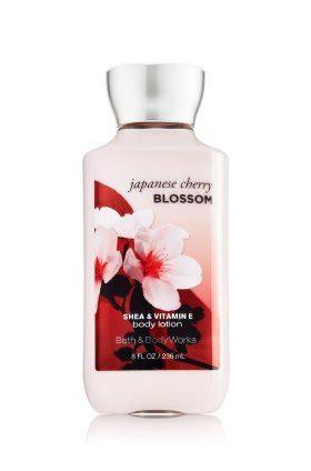 Spesial Bodyshop Japanesse Cherry Blossom Fragrance Bibit bath works signature collection