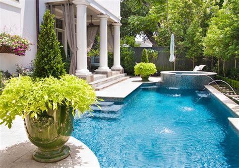 giardini con piscina giardino con piscina per godersi l estate in casa