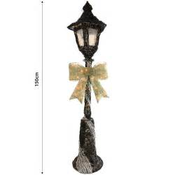 christmas decoration lamp post ideas christmas decorating