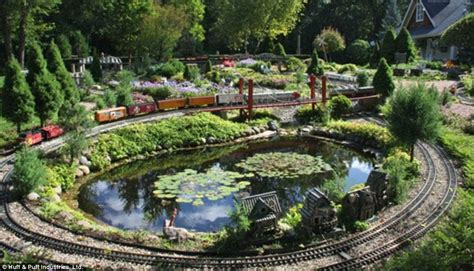 Train Layout Water Features | thousands flock to tour train lady s massive model train