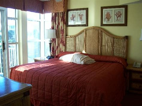 2 bedroom hotels in myrtle beach living area in of deluxe 2 bedroom picture of dunes
