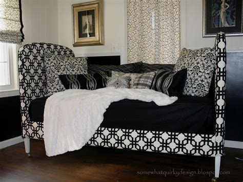 slipcovered daybed 17 best ideas about daybed covers on pinterest daybeds