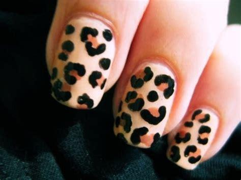 easy nail art cheetah leopard nail art youtube