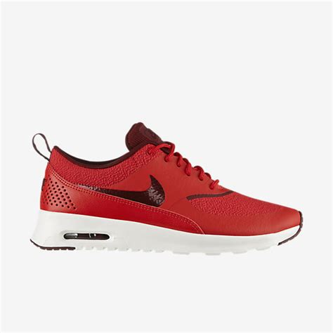 nike ladies sports shoes sneakers boots collection