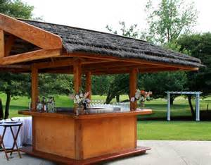 Outdoor tiki bar service stonebridge golf club ann arbor