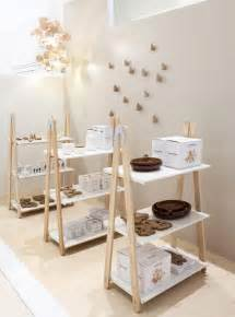 display shelving retail 25 best ideas about retail display shelves on